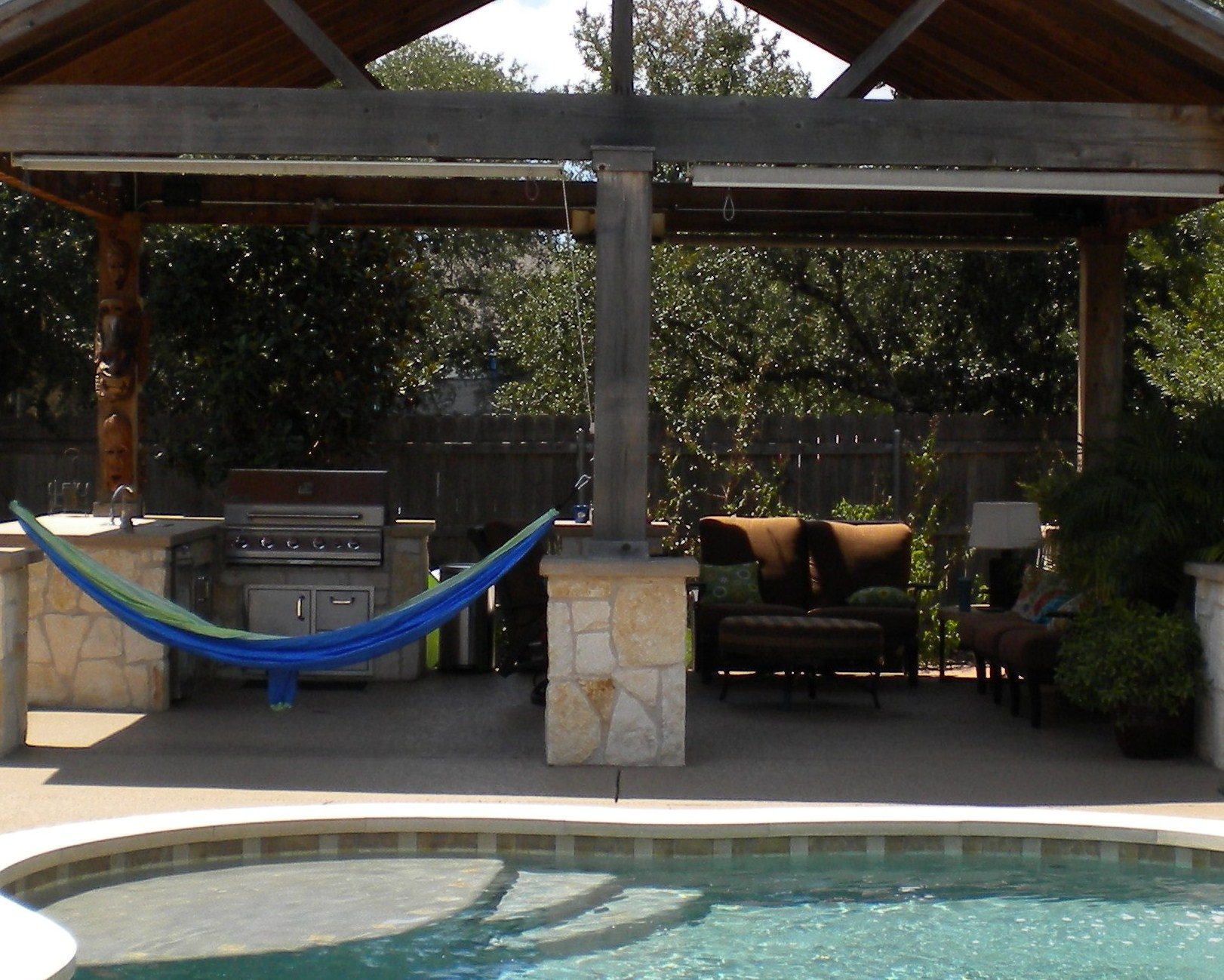Dallas outdoor living photos plano patios for Pool show dallas