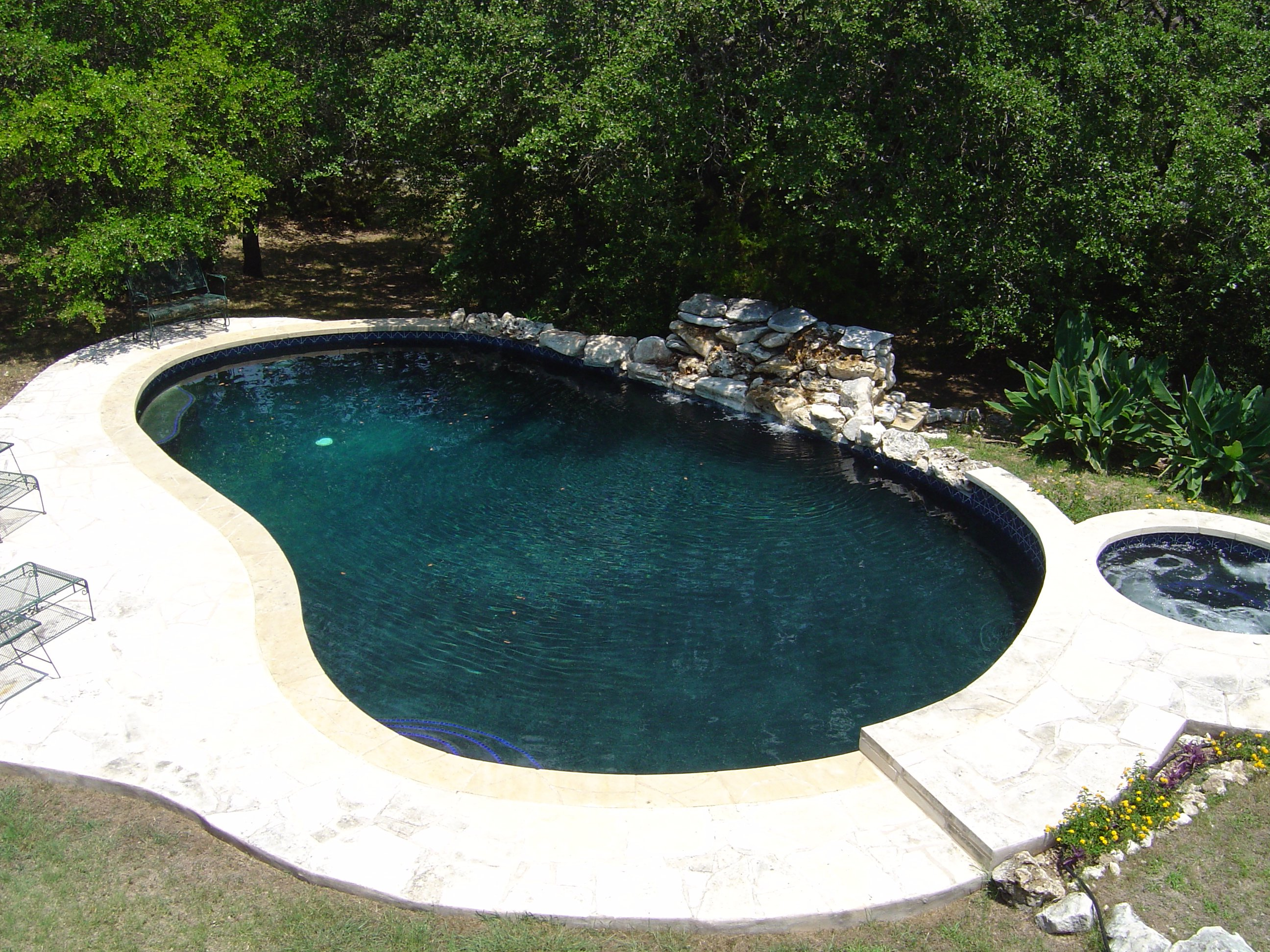 Ranch Home with Pool, Spa, Waterfall and Black Bottom